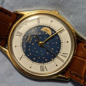 Vintage TIMEX M CELL T 55/33 Moonphase Watch